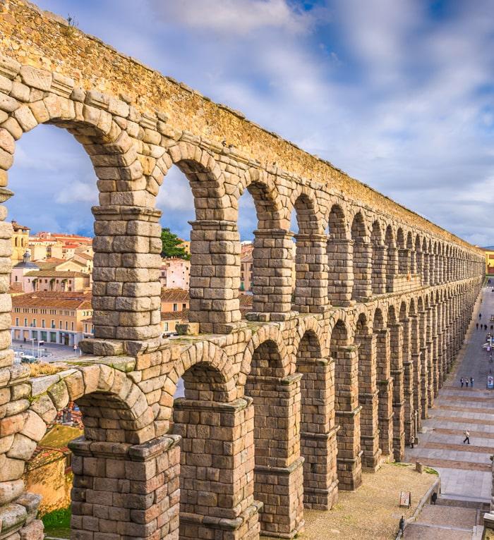 Perfil Segovia acueducto